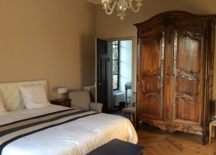 Chambre d h tes de luxe beaujolais ch teau des charmes - Chambre d hote de charme beaujolais ...